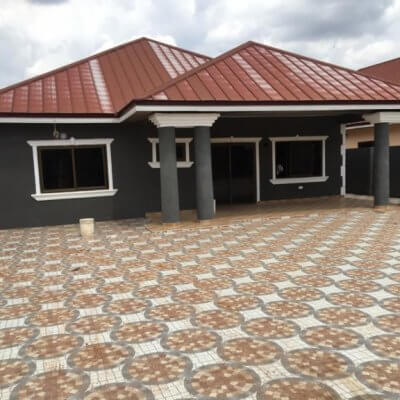 3 Bedroom House in Ghana. Oyarifa.